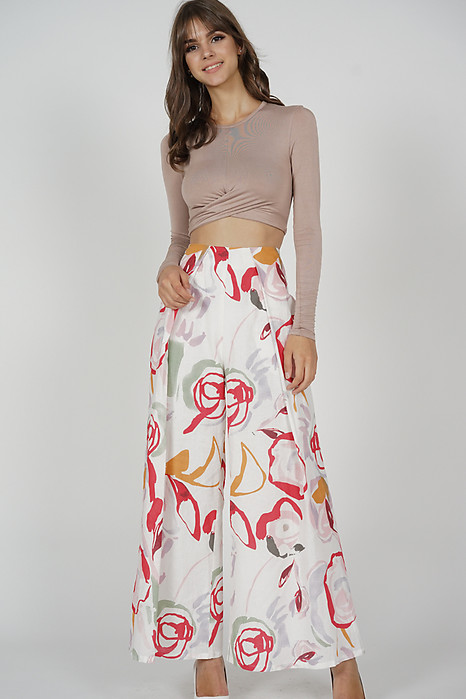 Dazalea Pleated Wide Leg Pants in White Red