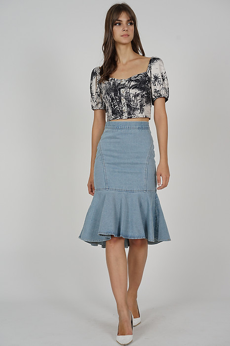 Fann Denim Skirt in Light Blue - Online Exclusive
