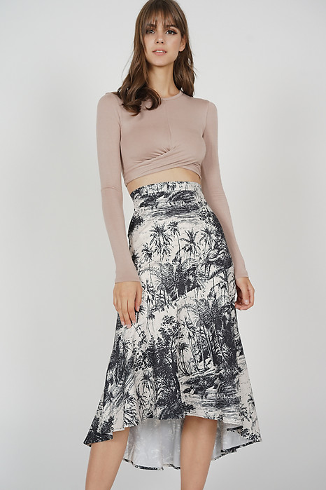 Laroi Asymmetrical Skirt in Black White