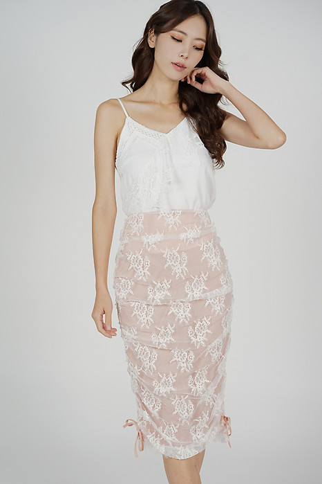 Mirai Lace Skirt in White