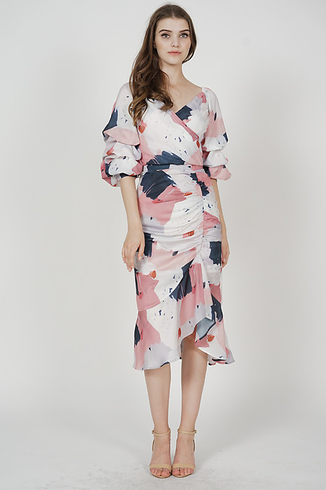 Sariah Ruched Skirt in Pink Abstract