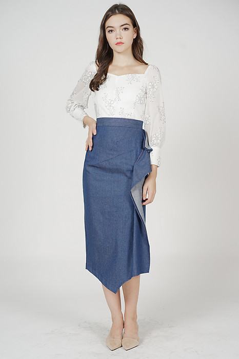 Jayce Ruffled Slit Skirt in Blue Denim