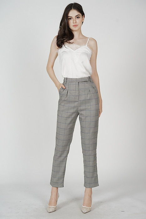 Jacoba Straight Pants in Grey Checks
