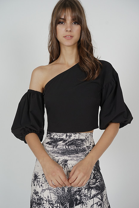 Colette Puffy Top in Black - Online Exclusive