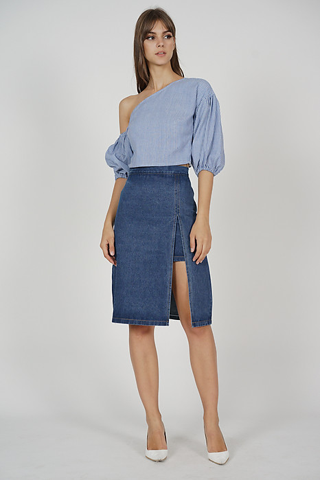 Colette Puffy Top in Blue - Online Exclusive