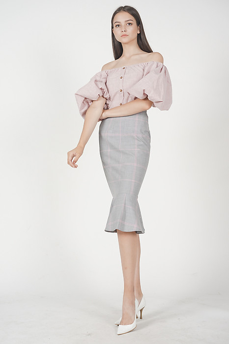 Puffy Sleeves Top in Pink
