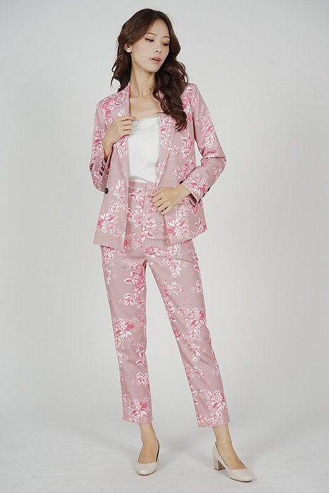 Contemporary Buttoned Blazer in Pink Floral