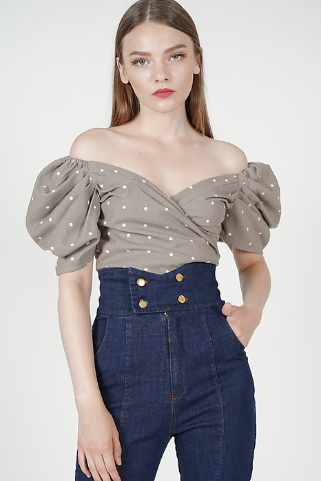 Orabelle Puffy Top in Taupe Polka Dots
