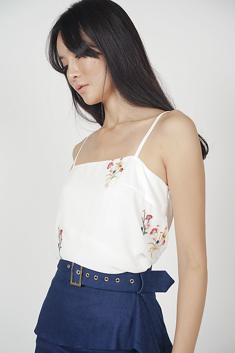 Ellrie Flare Top in White Floral