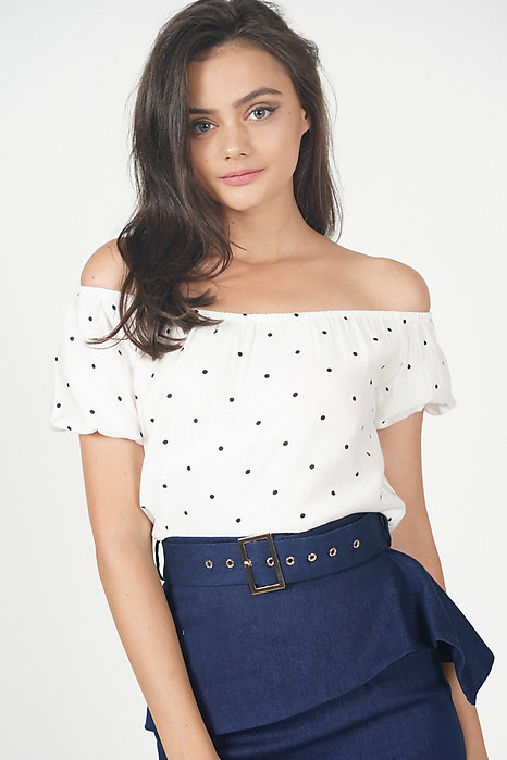 Tifa Dotted Top in White