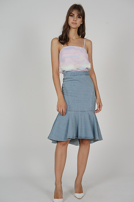 Ellrie Flare Top in Multi Pastel
