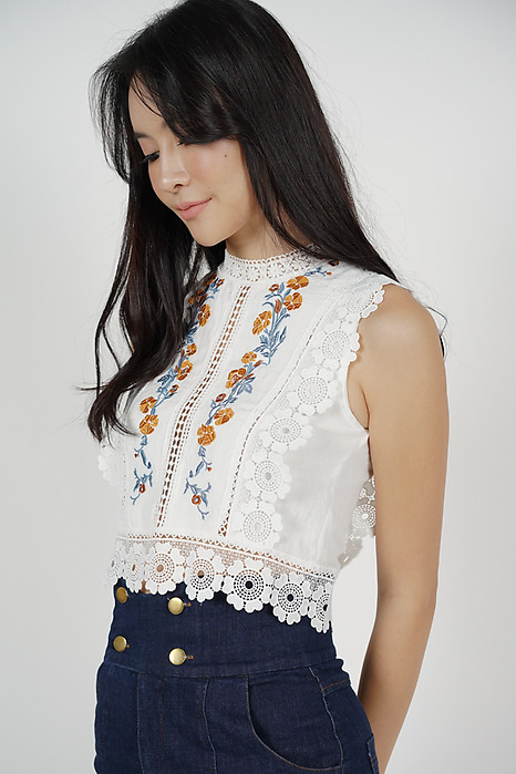 Ritsa Embroidered Top in White (Online Exclusive)