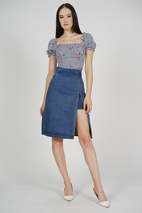 Mukai Puffy Top in Midnight Gingham - Arriving Soon