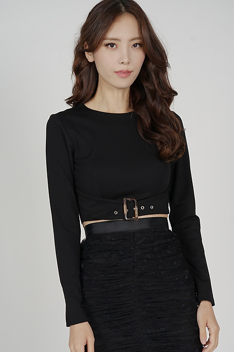 Elex Buckle Front Top in Black