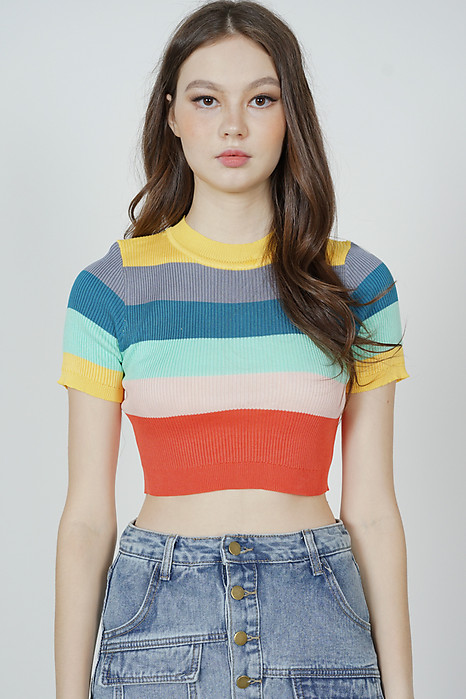 Lassie Top in Rainbow