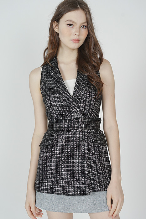 Nario Tweed Vest in Black