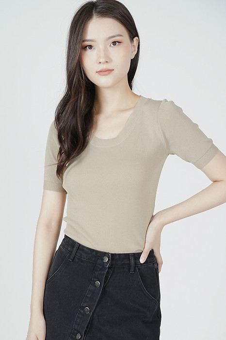 Kitza Top in Khaki