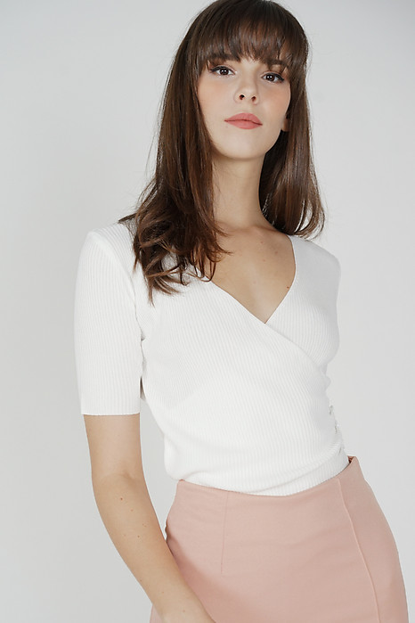 Lauper Sleeved Top in White - Online Exclusive