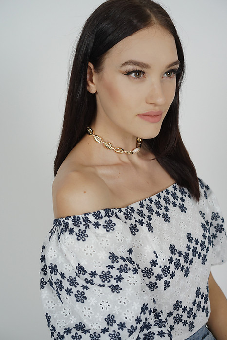 Aukai Seashell Choker in Gold - Arriving Soon