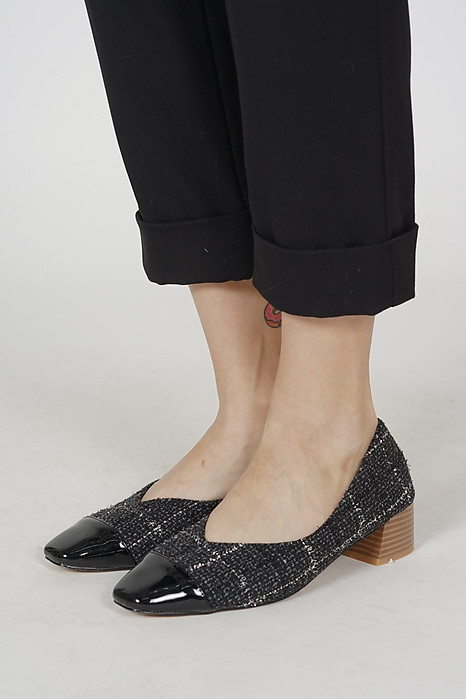 Yennefer Pumps in Black - Arriving Soon