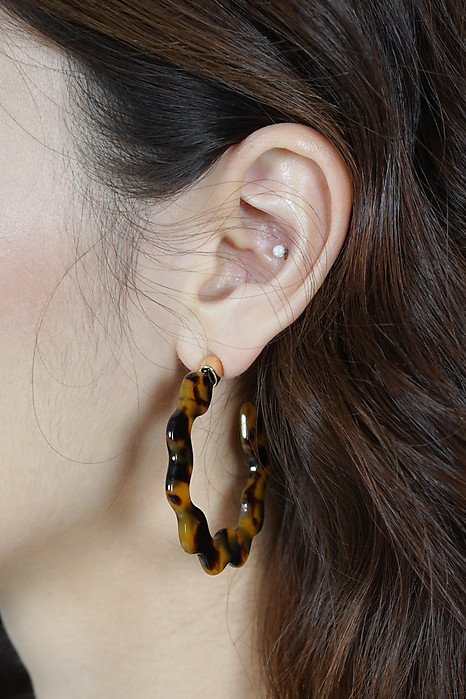 Edith Earrings in Tortoiseshell - Arriving Soon