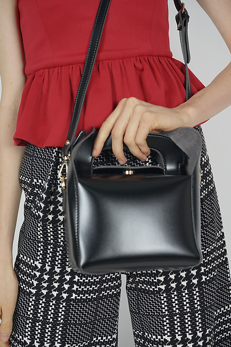 Lunchbox Bag in Black - Arriving Soon