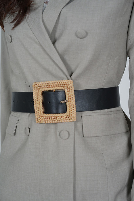 Kyrea Square Belt in Black - Arriving Soon