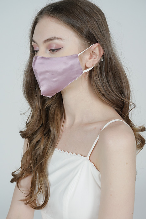 Posey Satin Mask in Purple