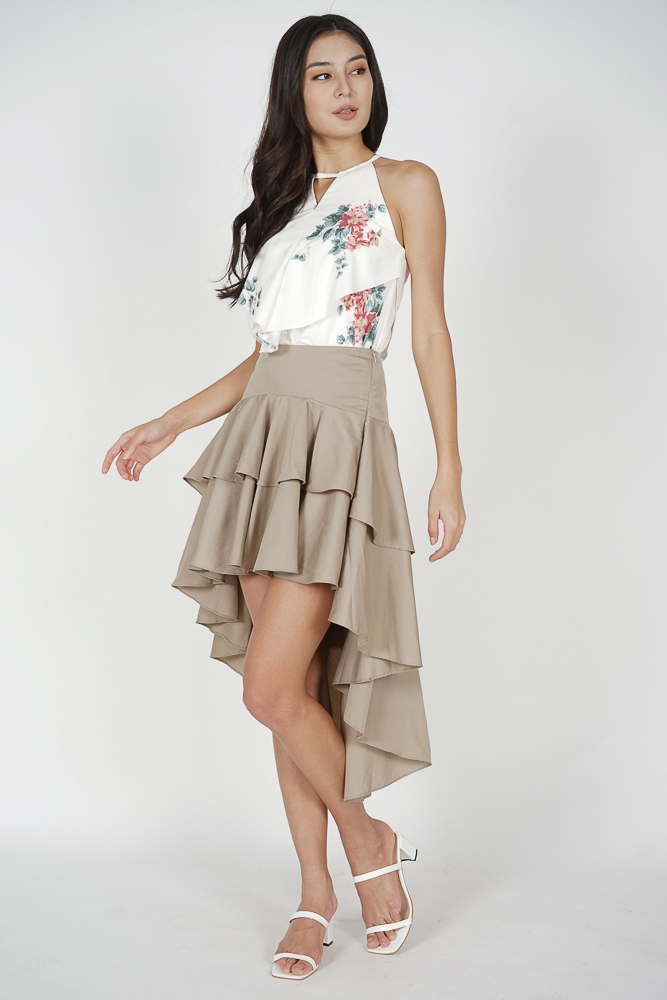 Cutout Ruffled Top in White Floral