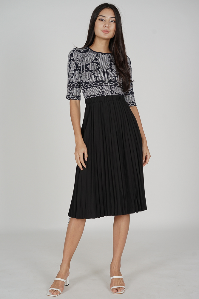 Alyni Pleated Skirt in Black - Online Exclusive