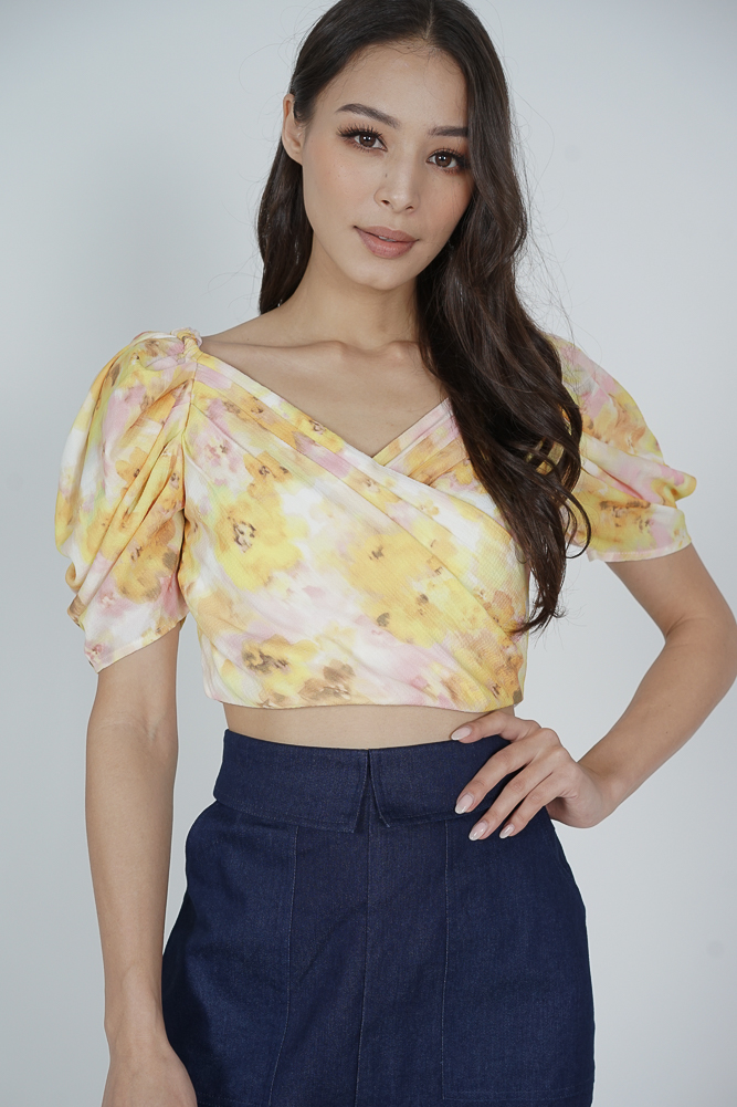Odlei Puffy Top in Yellow
