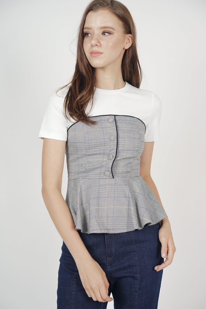 Denda Contrast Top in White