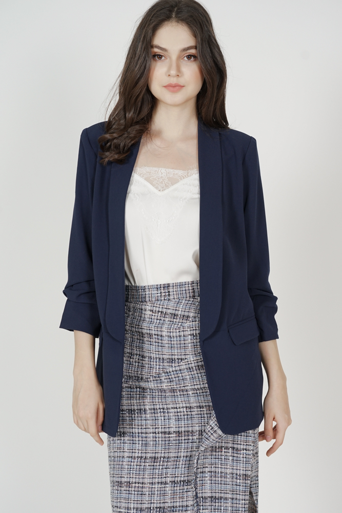 Maizel Gathered Sleeve Blazer in Midnight