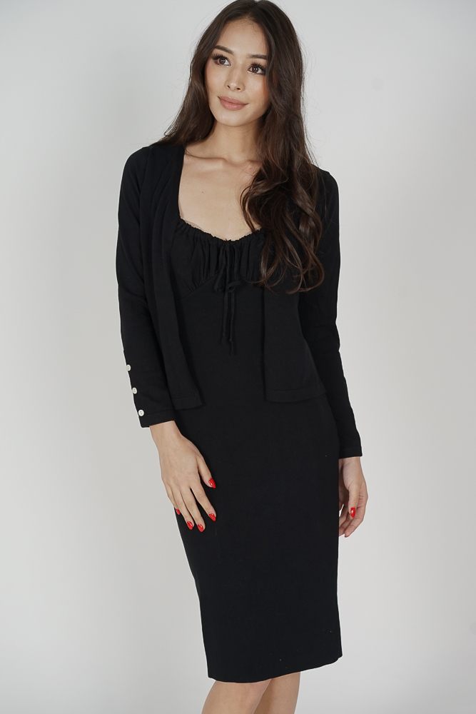 Kassi Gathered Front Dress in Black - Online Exclusive
