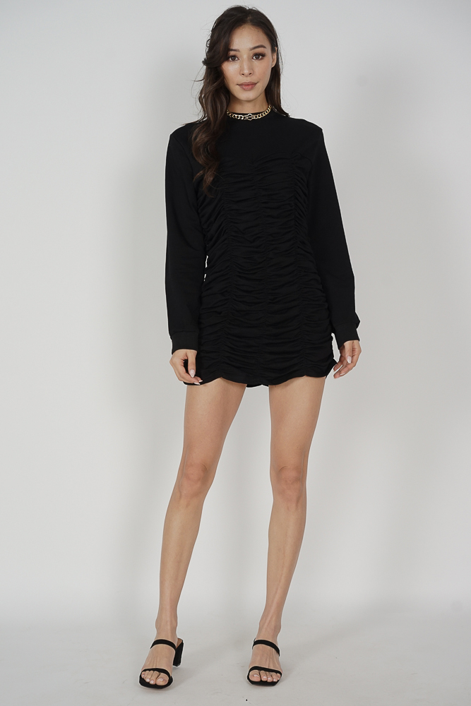 Yeny Sleeved Dress in Black - Online Exclusive