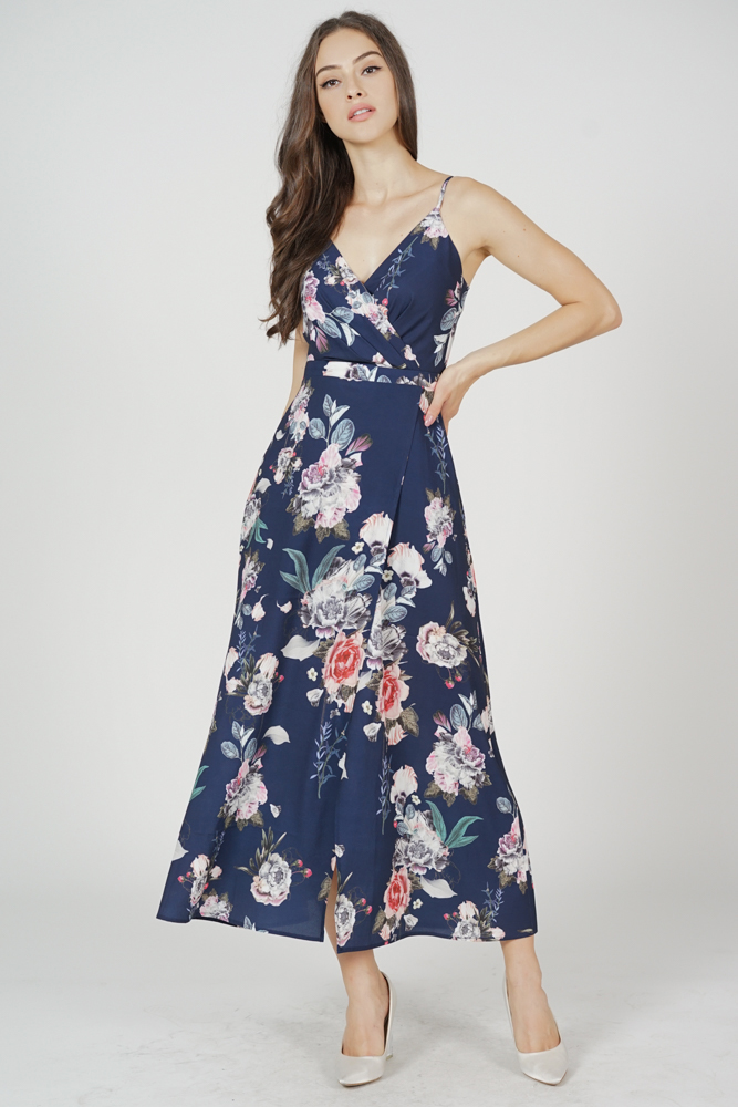 Magnolia Dress in Navy