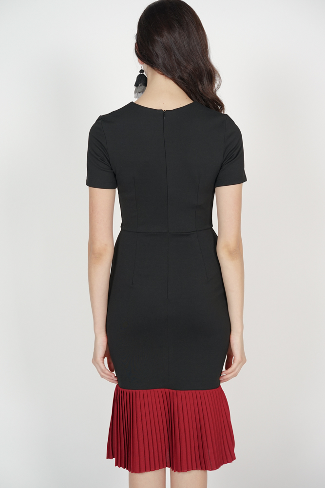 Two-Tone Dress in Black