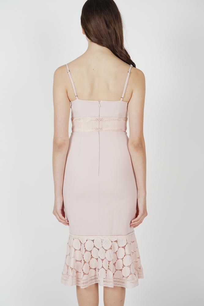 Bellari Lace Dress in Pink