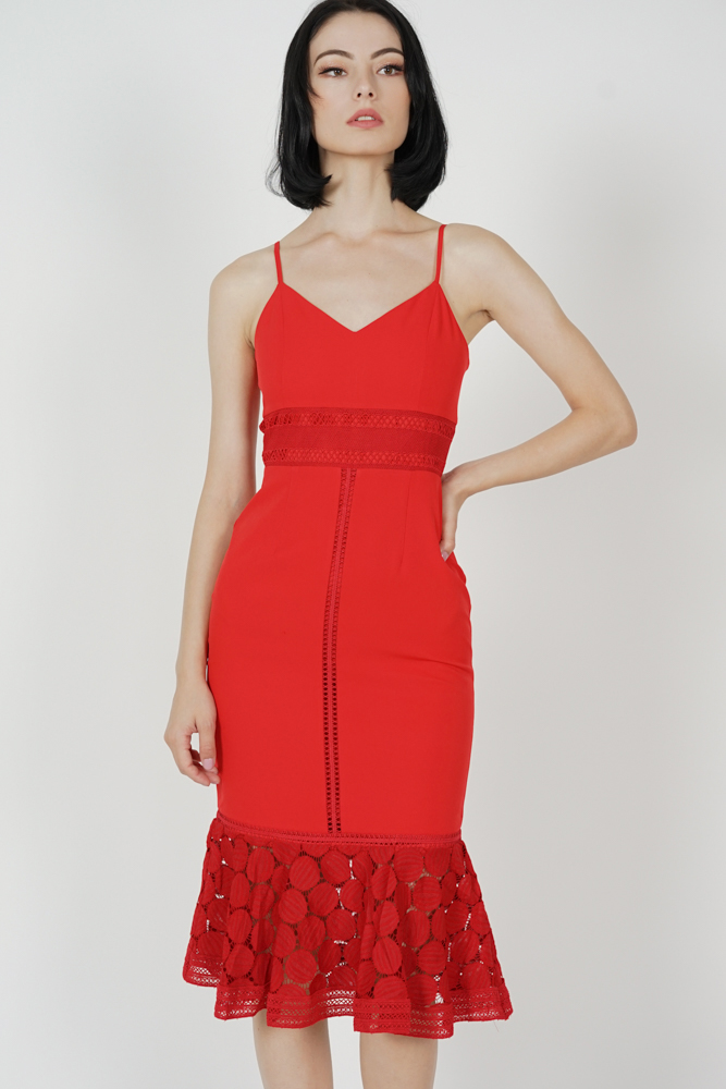 Bellari Lace Dress in Red