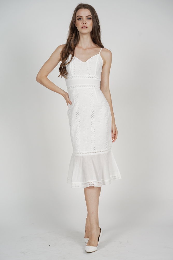 Arwen Ruffled-Hem Dress in White