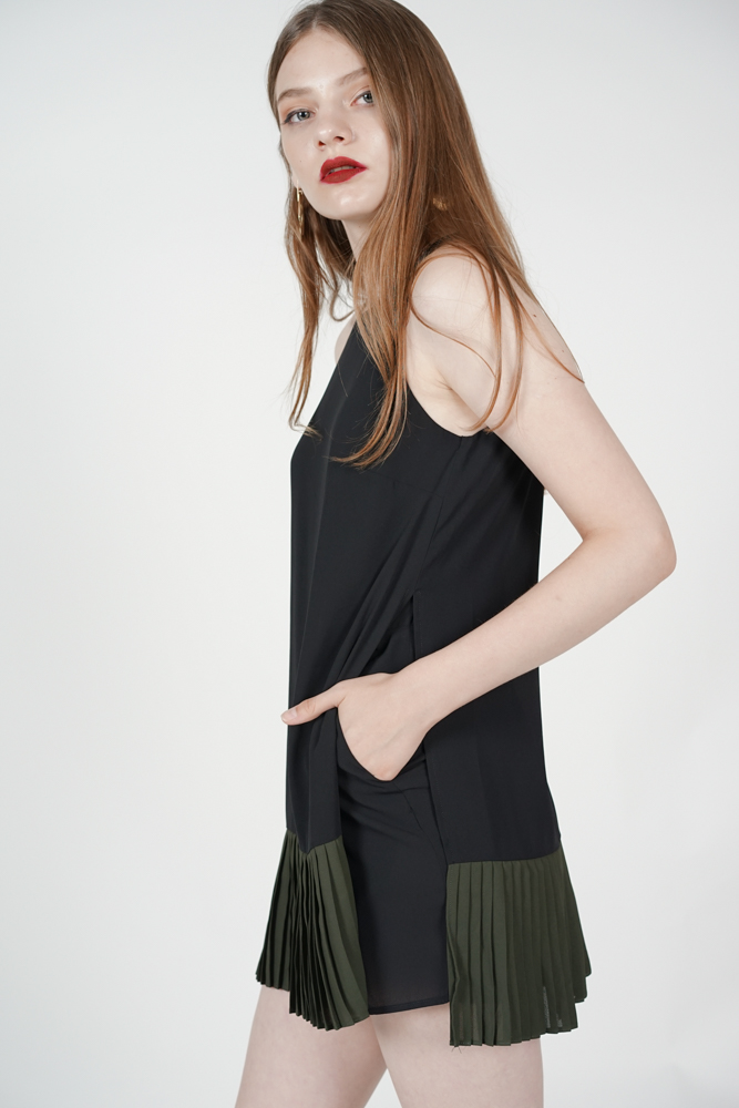 Color-Block Pleated Skorts Romper in Black