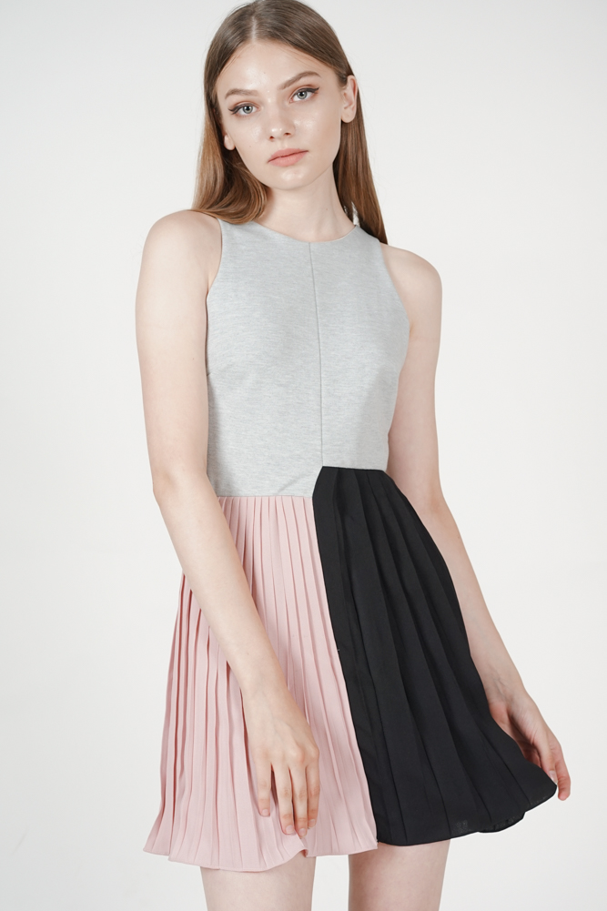 Pleated Block Dress in Grey