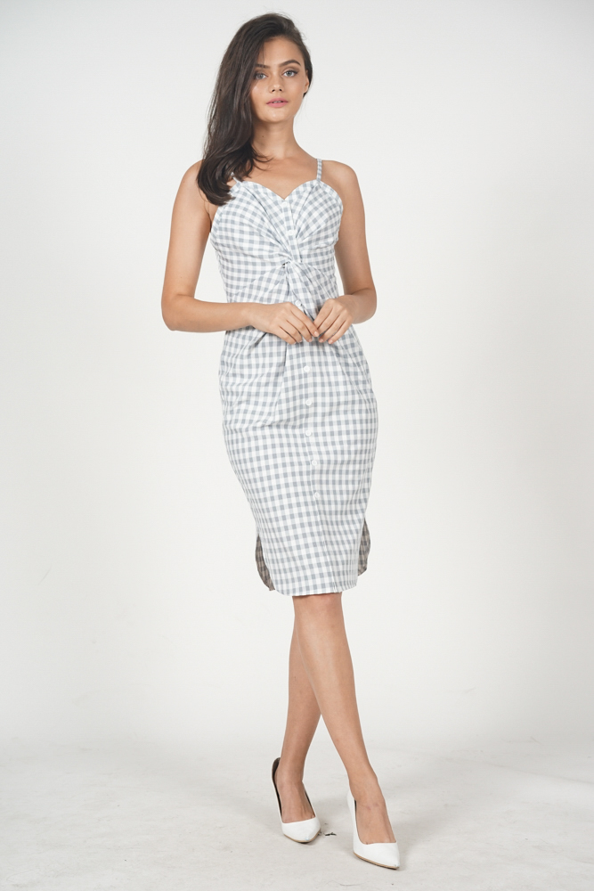 Sophitia Knot Front Dress in Lilac