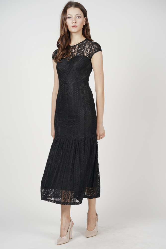 Agatha Lace Dress in Black