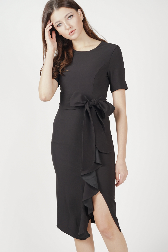 Jaden Ruffled Tie Dress in Black