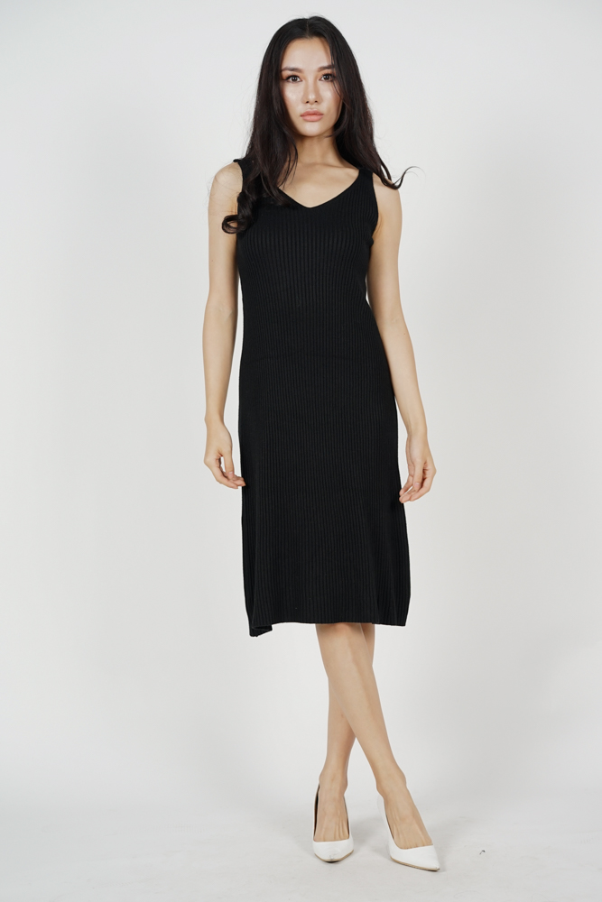 Efimia Knit Dress in Black (Online Exclusive)