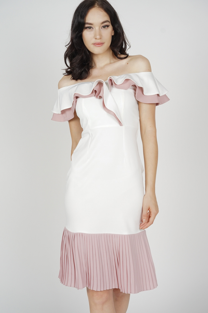 Joy Pleated-Hem Dress in White Pink