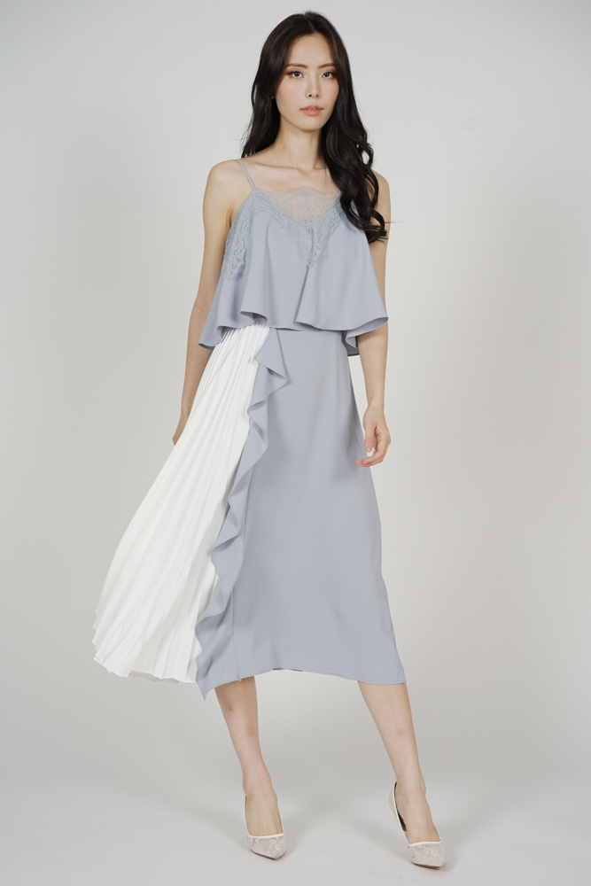 Alven Side-Pleated Dress in Grey
