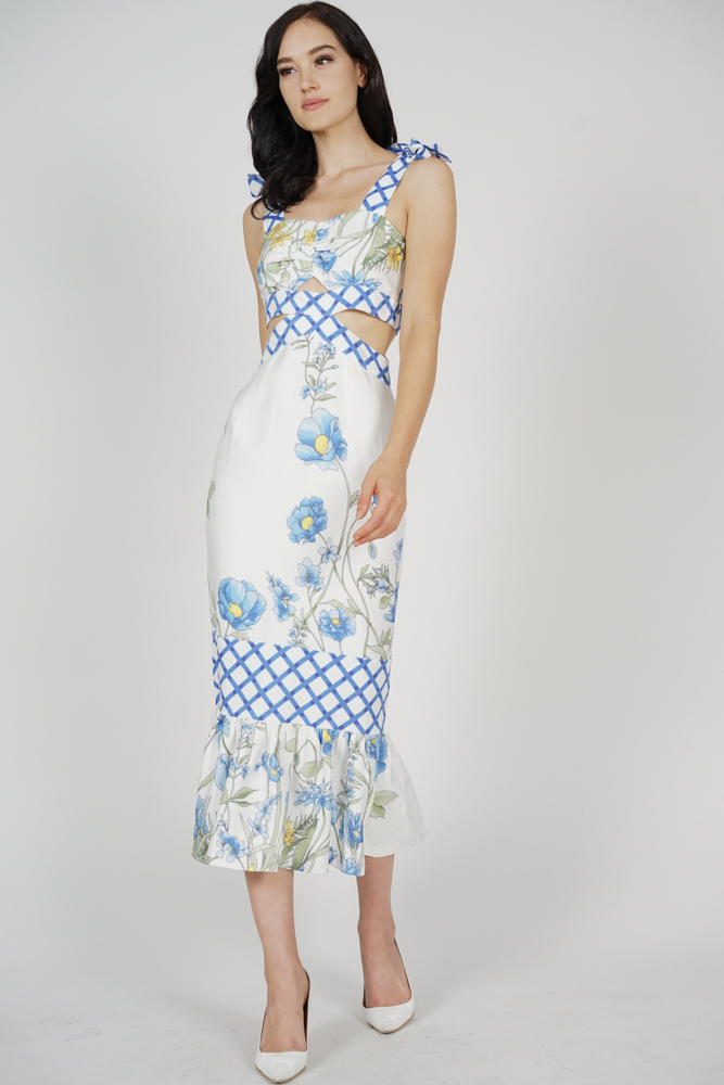 Dameira Cutout Dress in Blue Checks Floral
