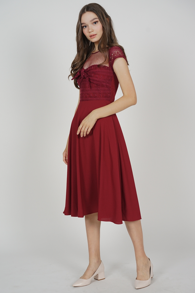 Wendie Front Tie Dress in Maroon
